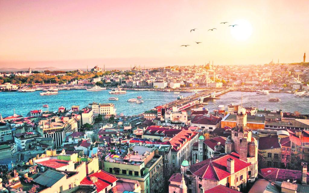 منزل للبيع في نيشانتشي اسطنبول بتصميم فاخر للغاية
